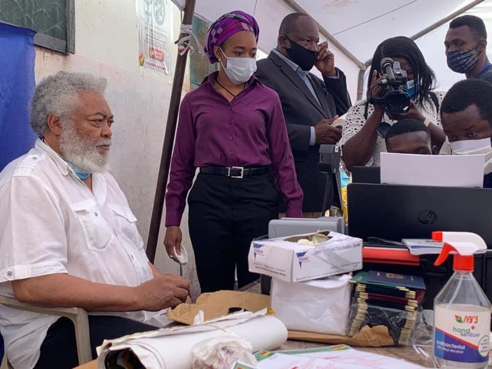 Former President Jerry John Rawlings, has visited the PWD 2, Registration Centre in the Klottey Korle constituency